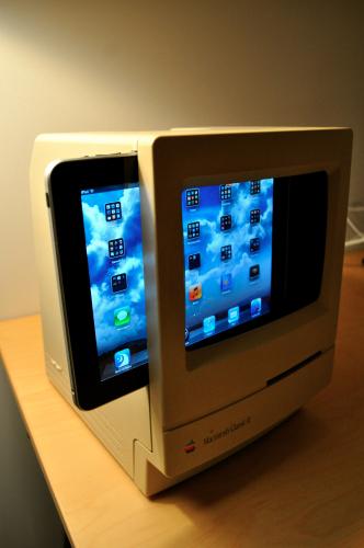 Mac Classic 2 iPad